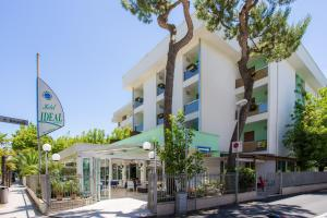 Hotel Ideal Bianchini - AbcAlberghi.com