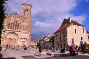 Location gîte, chambres d'hotes SY-la terrasse dans le département Yonne 89