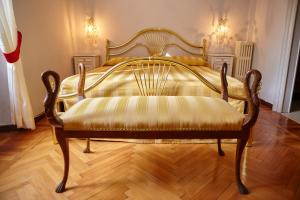 La Villa del Lago, Bed and breakfasts  Ghirla - big - 54