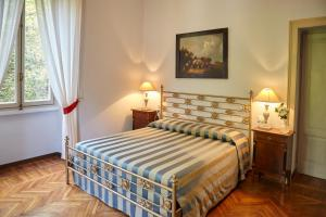 La Villa del Lago, Bed and breakfasts  Ghirla - big - 52