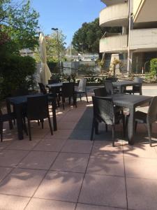 Hotel Fucsia, Отели  Риччоне - big - 120