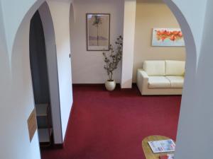 Hotel Villa Claudia, Szállodák  Nago-Torbole - big - 38