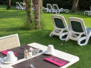 Hotel Villa Claudia, Hotely  Nago-Torbole - big - 34