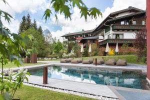 Romantik Hotel Santer, Hotels  Toblach - big - 1