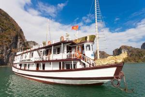 Golden Star Cruise, Халонг