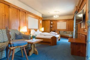 Romantik Hotel Santer, Hotels  Dobbiaco - big - 18