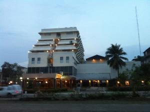 Paradorn Inn - Ban Khao Bo