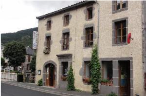 Hôtel des Voyageurs, Hotely  Ferrières-Saint-Mary - big - 20