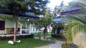 Groggie Resort - Bang Saphan
