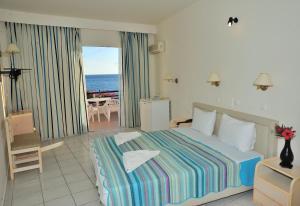 Hostales Baratos - Creta Mare Hotel