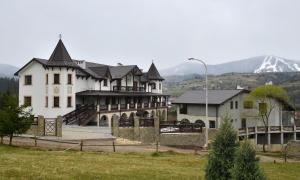 Отель Двор княжеской короны, Славское