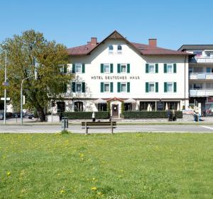Hotel Deutsches Haus - Bihlerdorf