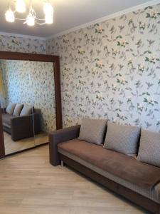 Apartment on Bakinskikh Komissarov - Novotarmanskiy