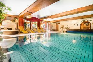 Land-gut-Hotel Landgasthof Zum Schildhauer - Höslwang