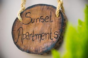 Sunset Apartments near Athens Airport - Caristo