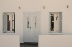 Starlight Luxury Studios, Apartments  Mýkonos City - big - 36