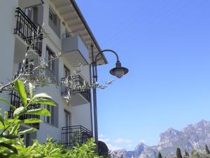 Albergo Garni Francesco, Hotel  Nago-Torbole - big - 17