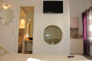 Starlight Luxury Studios, Apartments  Mýkonos City - big - 23