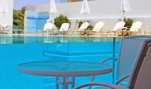 Castello Bianco Aparthotel, Apartmánové hotely  Platanes - big - 29