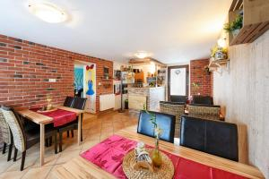 Wellness Apartmány Andrea, Appartamenti  Zdíkov - big - 35