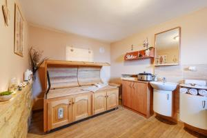 Wellness Apartmány Andrea, Appartamenti  Zdíkov - big - 39