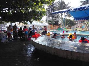 Hotel y Balneario Playa San Pablo, Отели  Монте-Гордо - big - 53