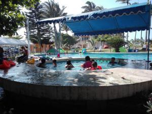 Hotel y Balneario Playa San Pablo, Отели  Монте-Гордо - big - 54