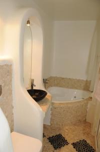 Starlight Luxury Studios, Apartments  Mýkonos City - big - 27