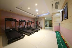 Suwon Orsay Business Hotel, Hotely  Suwon - big - 87