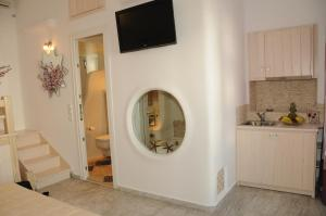 Starlight Luxury Studios, Apartments  Mýkonos City - big - 33