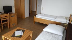 Hotel Landgasthof Hohenauer Hof, Hotels  Hohenau - big - 32