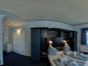 Hegyi Panzió, Guest houses  Hévíz - big - 27