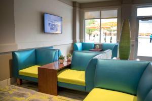 Cedar Point's Express Hotel, Отели  Сандаски - big - 24