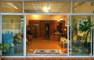 Tato House, Гостевые дома - Чиангмай