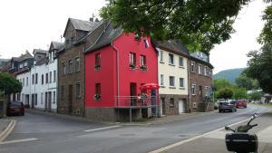 """Vakantiehuis """"het rode huis"""" - Binningen"""