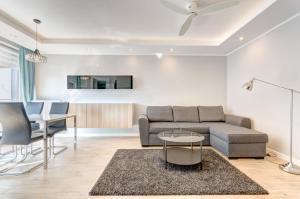 Dom & House - Apartments Chmielna Park