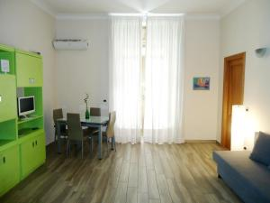 Plebiscito's Flat - In pieno centro - AbcAlberghi.com