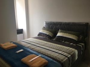 obrázek - 2 BR Cinere Bellevue Suites Apartment