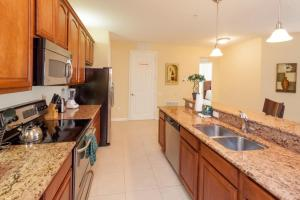Cayview Three-Bedroom Apartment 235, Apartmány  Orlando - big - 47
