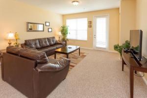 Cayview Three-Bedroom Apartment 235, Apartmány  Orlando - big - 42