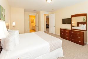 Cayview Three-Bedroom Apartment 235, Apartmány  Orlando - big - 37
