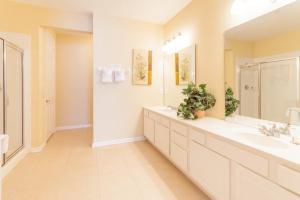 Cayview Three-Bedroom Apartment 235, Apartmány  Orlando - big - 28
