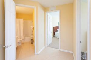 Cayview Three-Bedroom Apartment 235, Apartmány  Orlando - big - 30