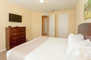 Cayview Three-Bedroom Apartment 235, Apartmány  Orlando - big - 34