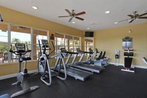 Cayview Three-Bedroom Apartment 235, Apartmány  Orlando - big - 7