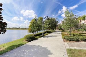 Cayview Three-Bedroom Apartment 235, Apartmány  Orlando - big - 4
