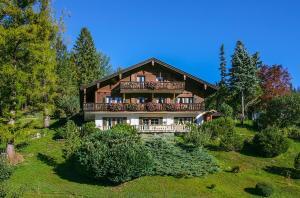 Gastehaus Lipp - Apartment - Mittenwald