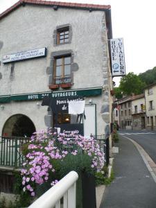 Hôtel des Voyageurs, Hotely  Ferrières-Saint-Mary - big - 32