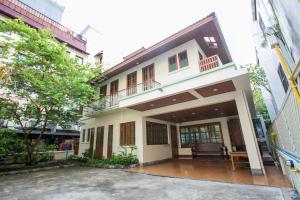 Chan Guest Villa