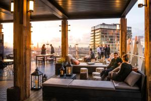 Novotel London Canary Wharf (1 of 56)
